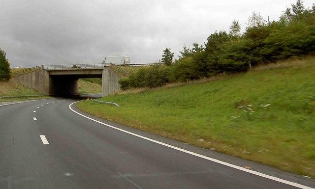 A1 trunk road bridge over A168