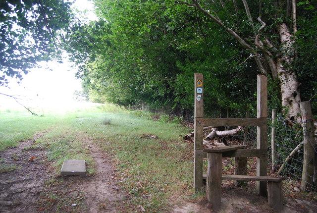 A rather pointless stile, Tunbridge Wells Circular Path