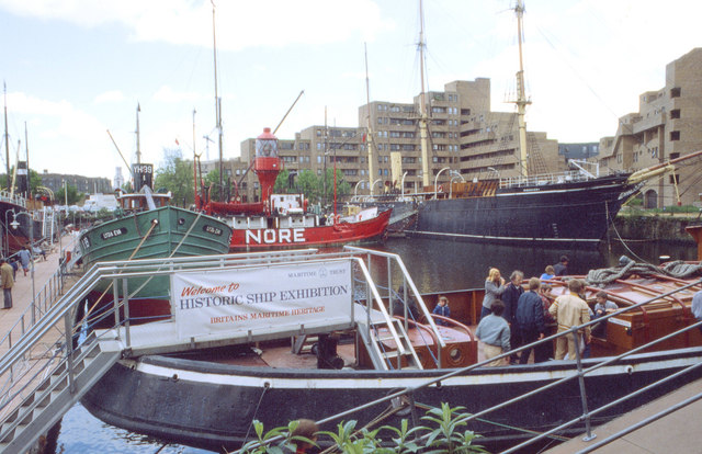 St Katharine Dock, 1982