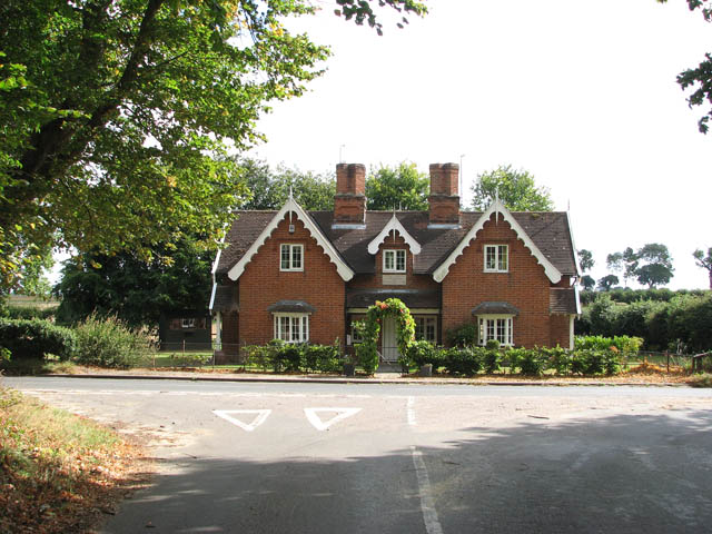 Almshouses in Loddon Road