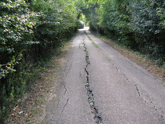 Subsidence on road to Lane End Farm