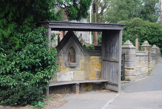 Drinking Fountain and shelter, Holy Trinity Church, Eridge green