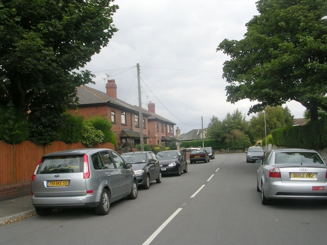 Dartmouth Avenue - Britannia Road