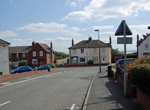 Bradford Road, Woodside
