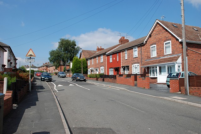 Bradford Road, Woodside