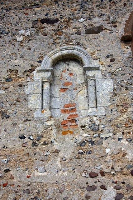 St Margaret, Hales, Norfolk - Blocked window