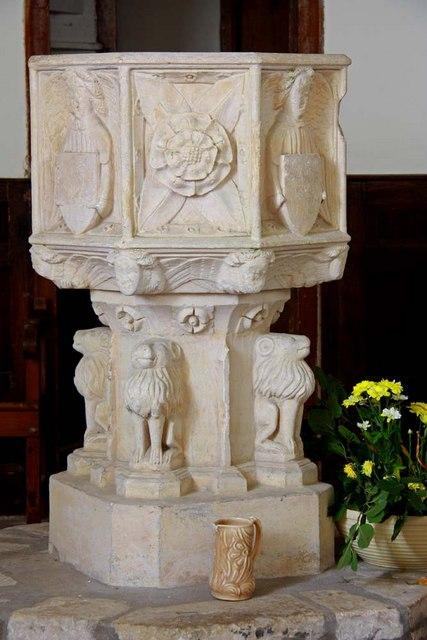 St Margaret, Hales, Norfolk - Font