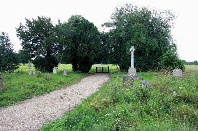 St Andrew, Ravingham, Norfolk - Churchyard
