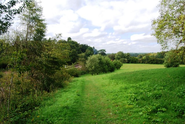 Tunbridge Wells Circular Path - parallel to the railway line near Birchden Junction