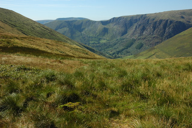 View down into Hengwn