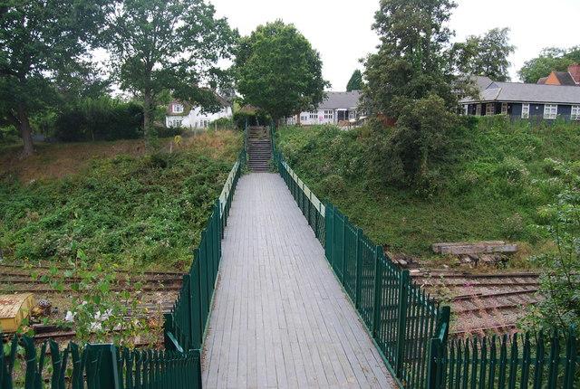 Tunbridge Wells Circular Path - footbridge over the Spa Valley line, Groombridge