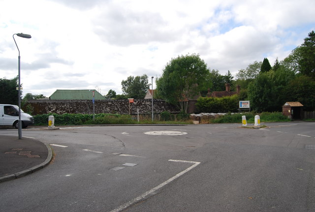 Roundabout, Withyham Rd & Station Rd, Groombridge