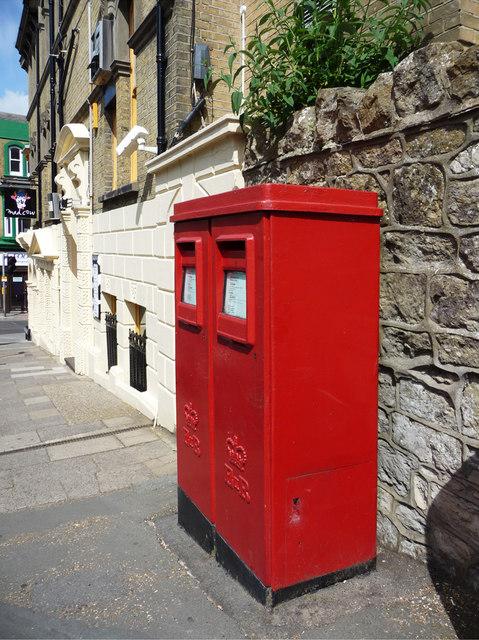 Queen Elizabeth II Post boxes, Steephill Road, Shanklin