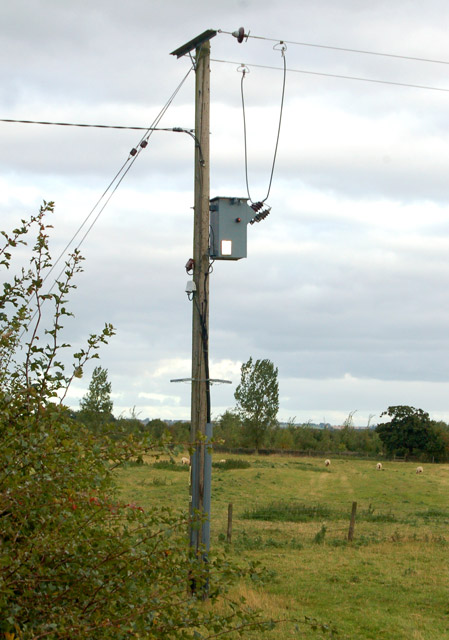 Transformer supplying Barn Farm, Grandborough
