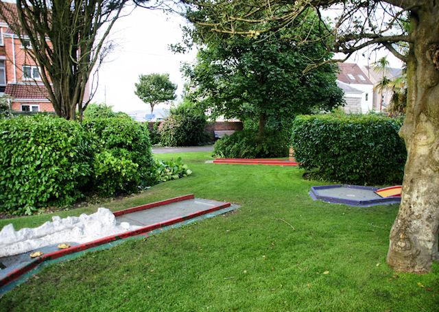 Crazy Golf, Southend Gardens