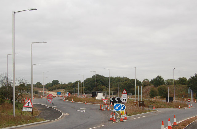 New roundabout near Potford's Dam Farm (2)