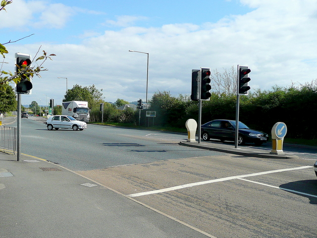 Traffic lights on the A46