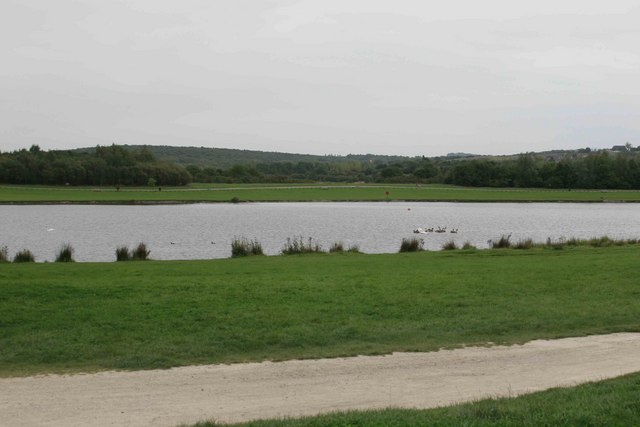 Lake at the Rother valley Country Park