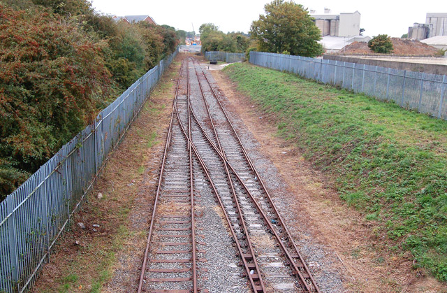 Truncated railway near Rugby cement works (3)