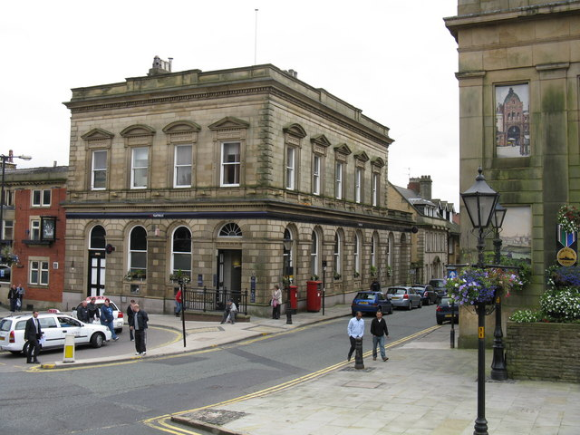 Oldham - NatWest Bank,Yorkshire Street