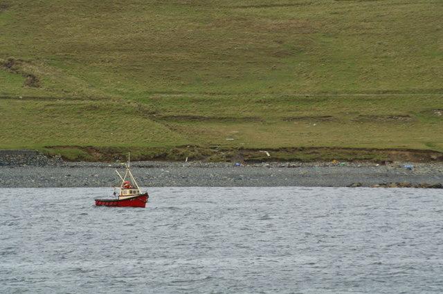 Creel boat off the coast at Hamar, Baltasound