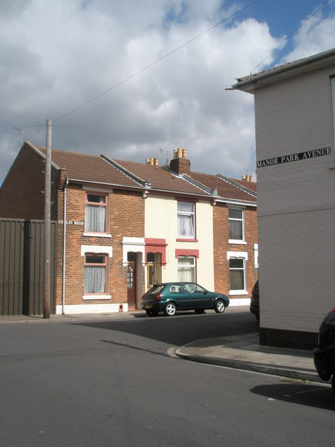 Junction of Manor Park Avenue and Collis Road