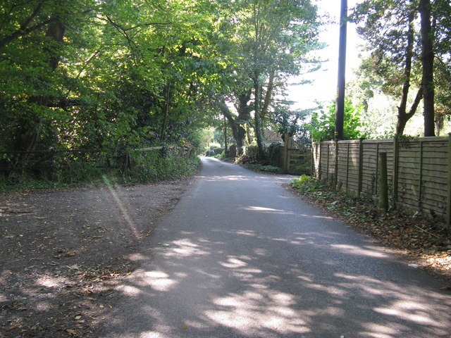 Nowhurst Lane Strood Green