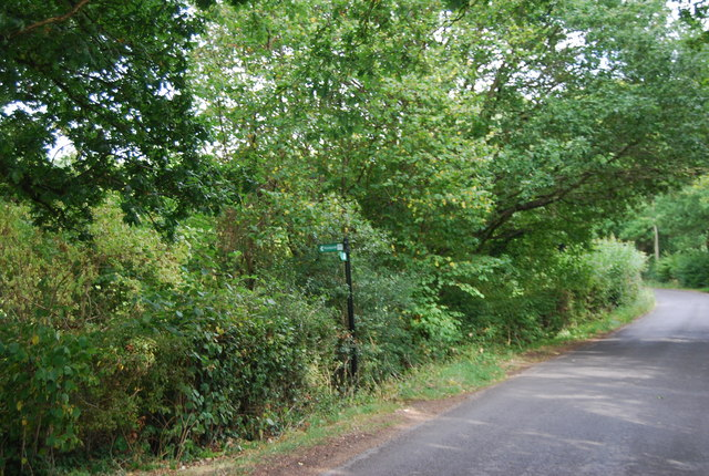 Tunbridge Wells Circular Path - signposted north off Legg's Lane