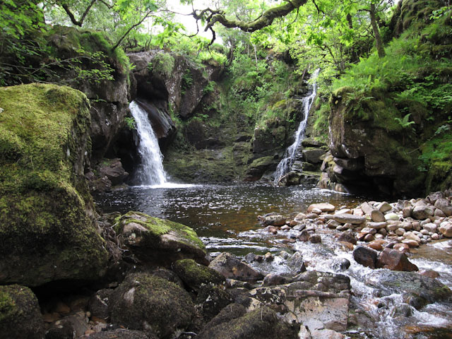 River Noe waterfalls
