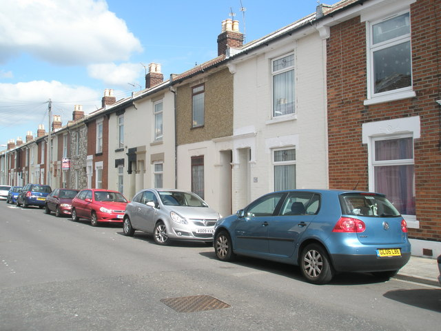 Terraced houses in Manor Park Avenue