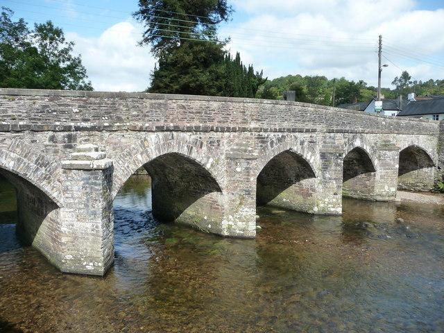 Dulverton : River Barle Bridge