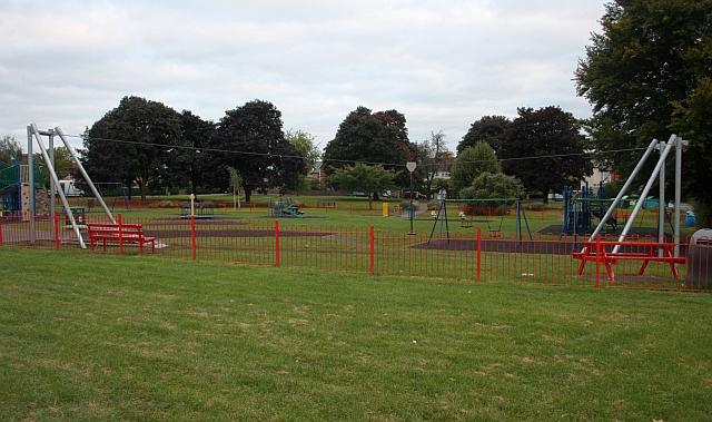 Zip wire, Victoria Park, Malvern Link