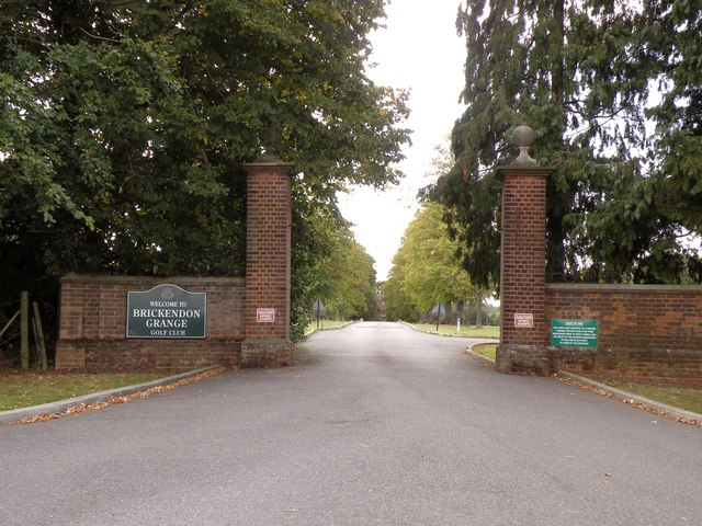The entrance to Brickendon Grange Golf Course