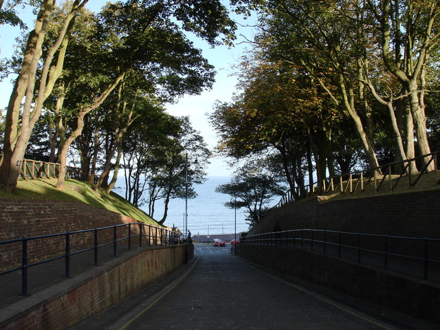 Looking down Cargate Hill, Filey