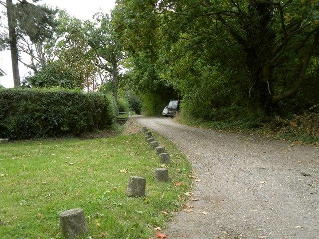 Public bridleway to Brickendon
