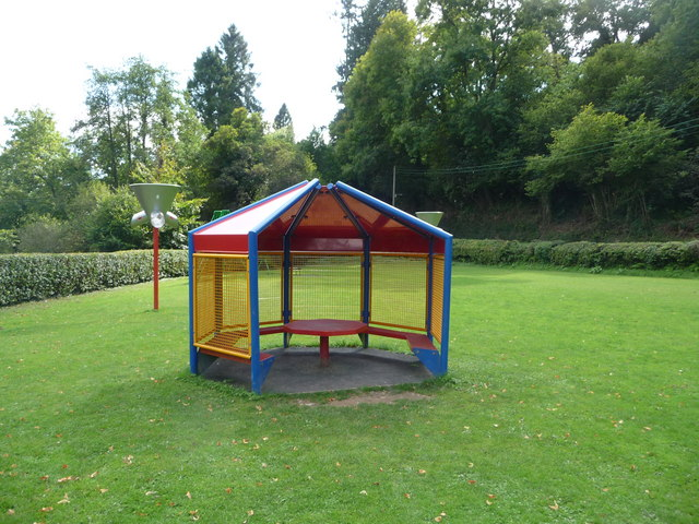 Dulverton : Gazebo in the Playground
