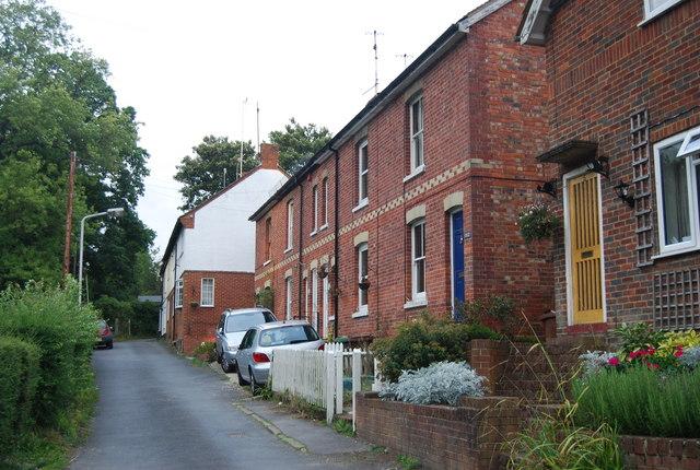 Cottages, Holden Corner