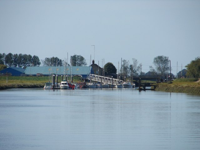 Moorings on the River Welland
