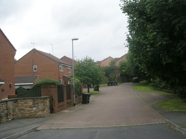 Shipton Mews - Wide Lane