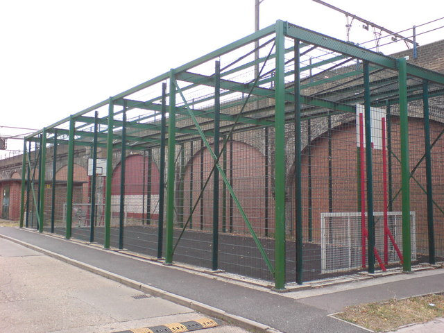 Enclosed Sports Area, Cornwall Street, E1