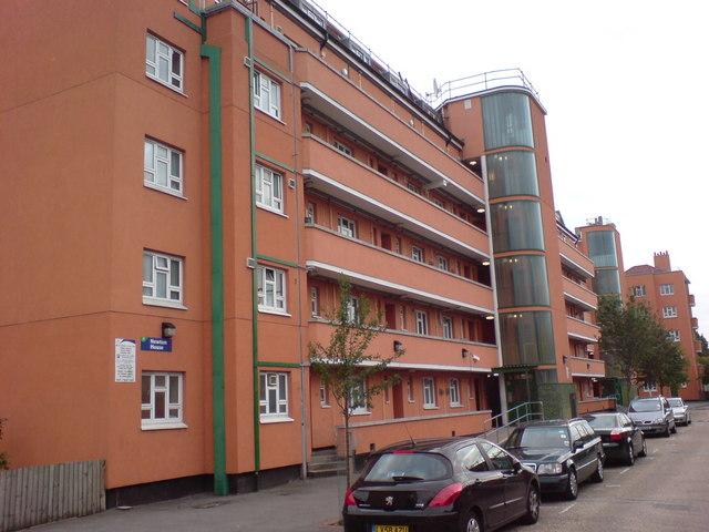 Newton House, Cornwall Street, E1