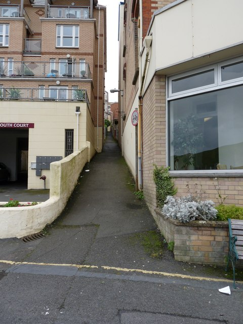 A footpath leading to Charleston Court and The Lanes