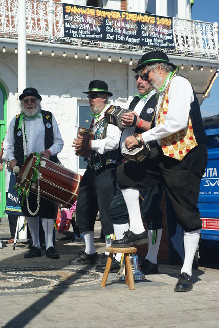 Dippers at Swanage Folk Festival