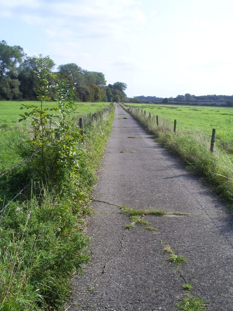 Byway to Weir Lodge.