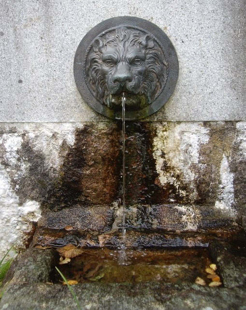 Lion's head fountain and drinking trough
