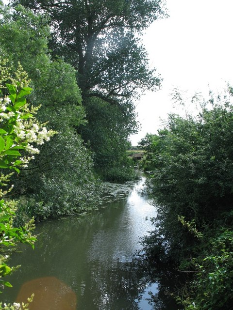 River Thame near to Weir Lodge, Eythrope