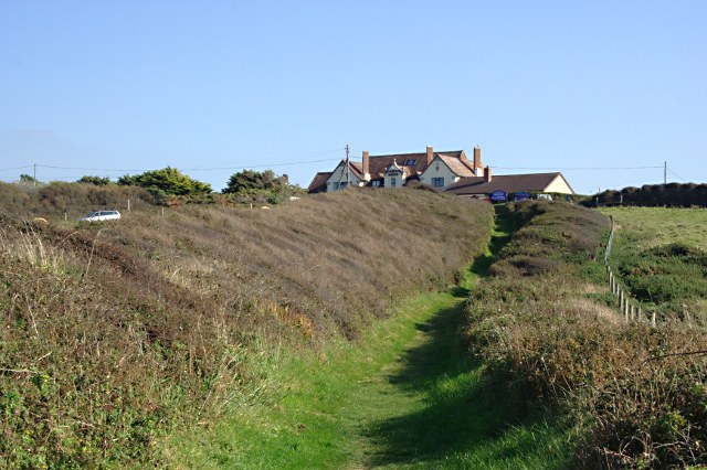 Footpath to the Widemouth Manor Hotel