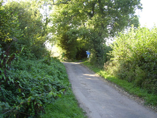 Greenway Lane, footpath junction