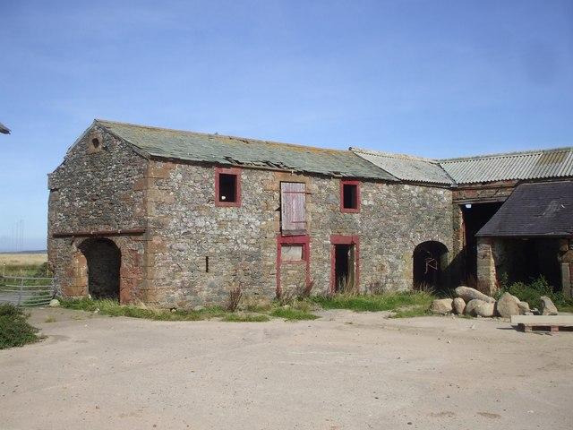 Derelict farm buildings at West Border Farm