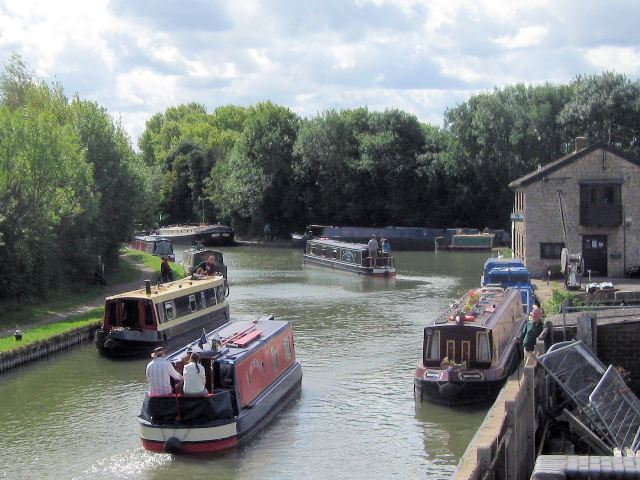 A busy summer afternoon on the Grand Union Canal at Marsworth